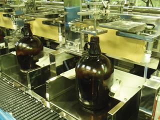 NAGATA-DONKU TYPE LIQUID FILLING MACHINE<br />(Liquid Filling Machines)
