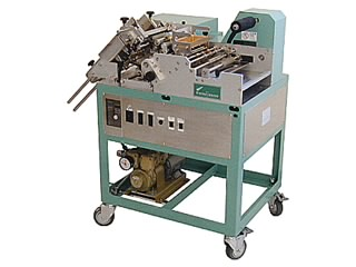 """SEMI-AUTOMATIC LABELING MACHINES """"LABEL MAN"""" SERIES<br />(Labeling Machines)"""